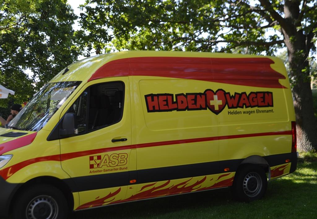 Heldenwagen 3.jpg